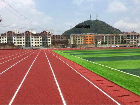 <b>体育场塑胶跑道建造中排水设备的规划</b>